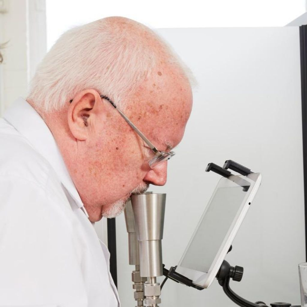 UKAS accredited lab with extensive expertise in testing odour samples