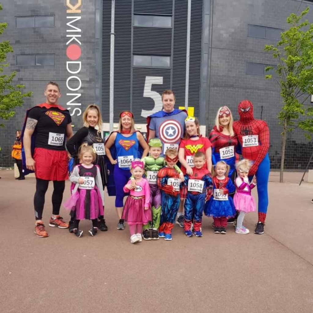 Team #Superheroesformax runners